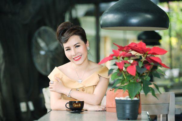 Vẻ đẹp không thể nhầm lẫn của Nữ hoàng Kim Chi
