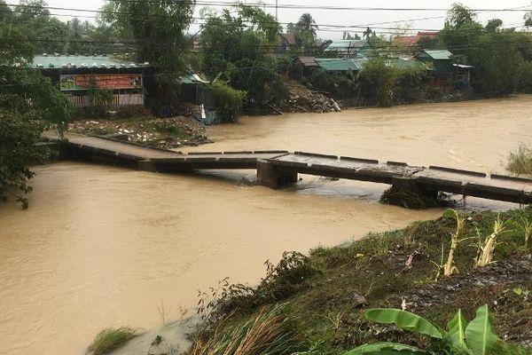 Cam Lâm: Thiệt hại chủ yếu về nông nghiệp, thủy sản, giao thông