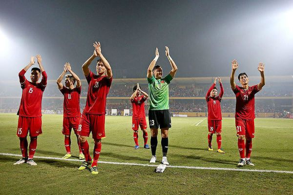 Bảng xếp hạng FIFA tháng 11: Tuyển Việt Nam lọt top 100!
