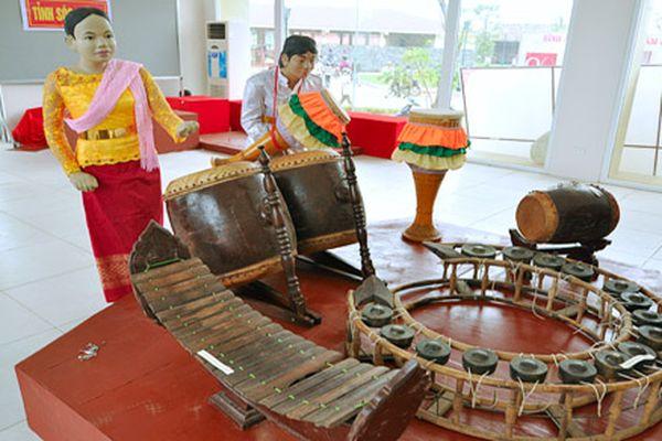 Triển lãm 'Nhạc cụ truyền thống các dân tộc Việt Nam'