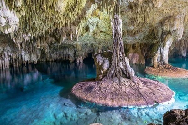 Khám phá hang động dưới nước lớn nhất thế giới Sac Actun