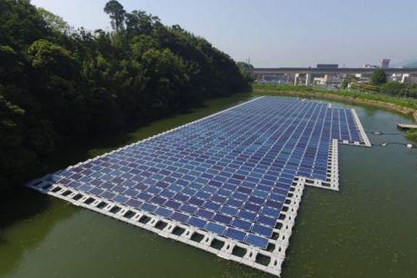 Sẽ xây Trung tâm năng lượng Mặt Trời nổi đầu tiên ở châu Phi