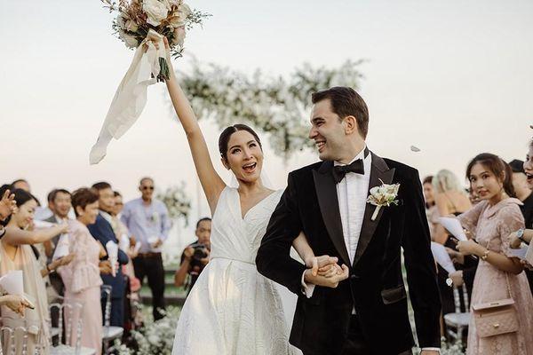 Ảnh cưới đẹp lung linh của Hoa hậu Hoàn vũ Thái Lan