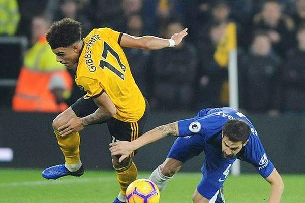 Chelsea 'phơi áo' trước Wolverhampton, Man.United chia điểm với Arsenal
