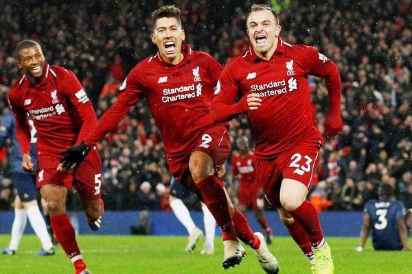 Liverpool 'nghiền nát' MU, chiếm ngôi đầu bảng