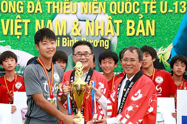 Tokyu S Reyes vô địch Giải Bóng đá thiếu niên quốc tế U.13 Việt Nam – Nhật Bản