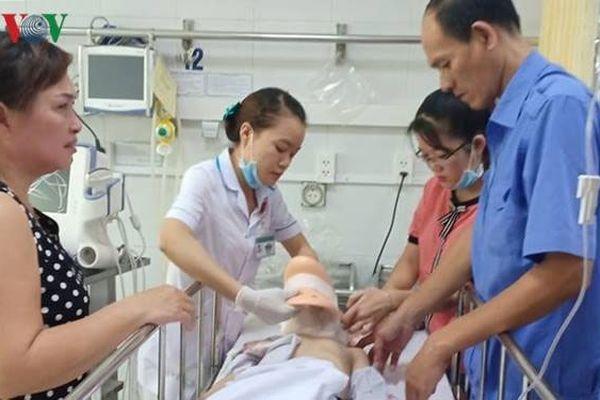 Học sinh Đà Nẵng ngã từ tầng 2 xuống đất đã qua cơn nguy kịch