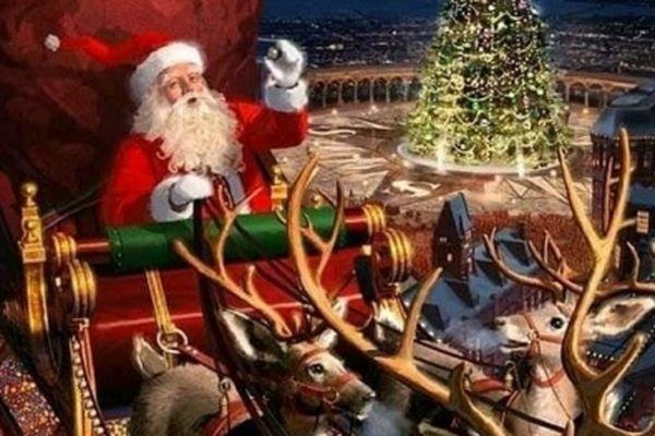 Google 'Mừng mùa lễ hội' với ông già Noel, tuần lộc, kẹo que, những chú lùn chuyển quà