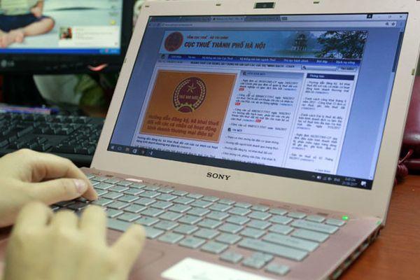 Hộ cá thể và kinh doanh thương mại điện tử: Lách luật, trốn thuế tràn lan