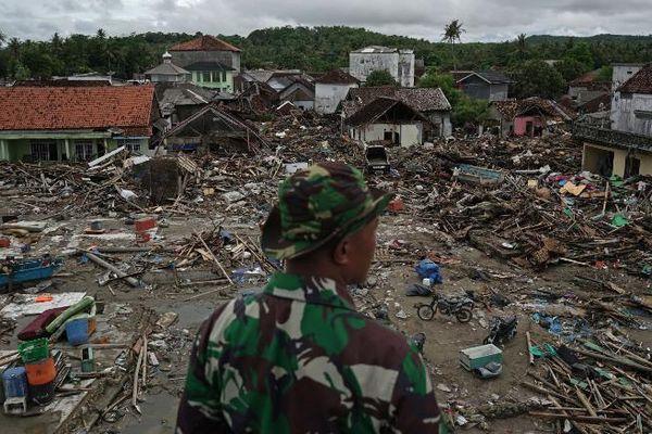 429 người thiệt mạng, 1.485 người bị thương và 154 người mất tích trong trận sóng thần tại Indonesia