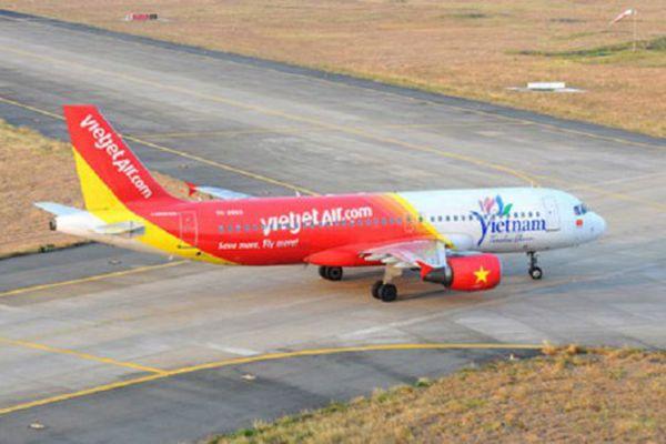 Vietjet Air liên tiếp gặp sự cố, tỷ phú Nguyễn Thị Phương Thảo 'thủng túi' cả trăm tỷ