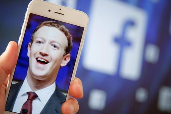 Bức tranh xấu xí của Facebook năm 2018
