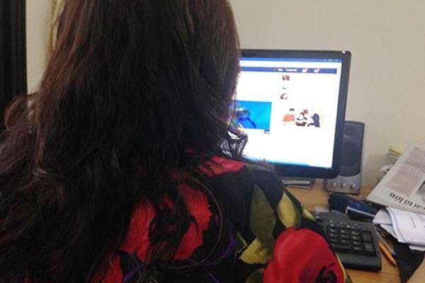 7 phụ nữ bị trai lạ ngoại quốc lừa qua Facebook hơn 5 tỉ đồng