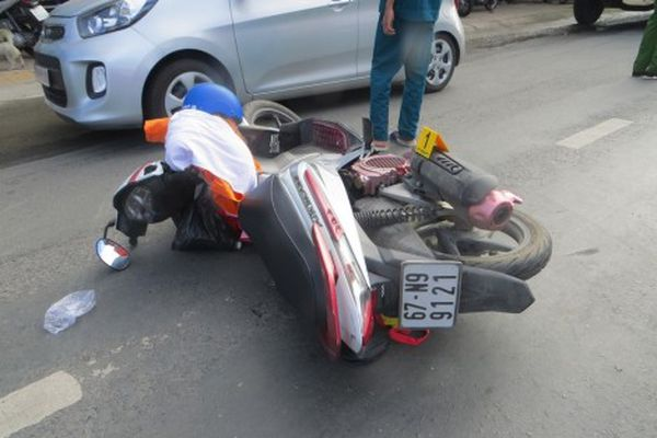 Tai nạn giao thông làm 2 người chết và bị thương