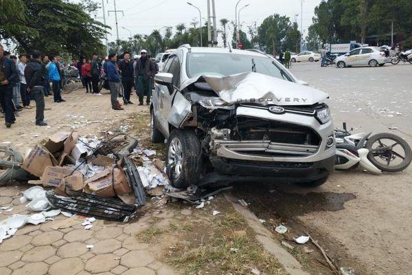 Lời khai của tài xế xe Ford tông chết 2 vợ chồng ở Hà Nội