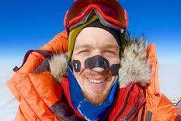 Đi xuyên châu Nam Cực không cần trợ giúp