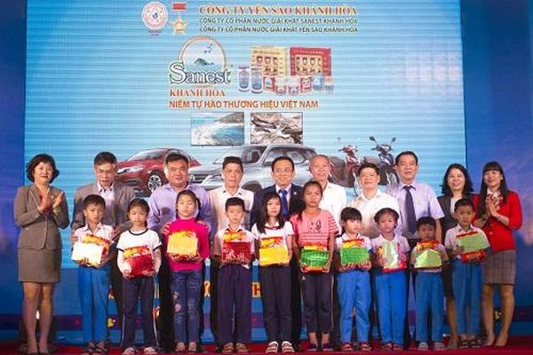Trao thưởng: Sanest Khánh Hòa - niềm tự hào thương hiệu Việt Nam tại Đắc Lắc