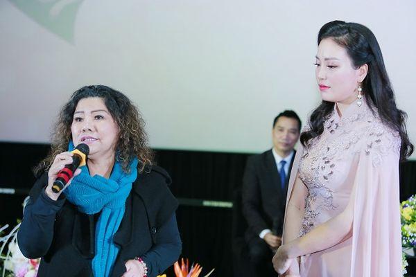 Xem MV của Huyền Trang, NSND Thanh Hoa thấy có lỗi với bà và mẹ mình