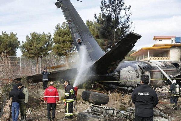 Cập nhật vụ rơi máy bay ở Iran: Số người thiệt mạng tăng lên, chỉ một người sống sót