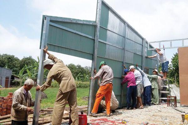 Hành trình xây mái ấm cho người nghèo