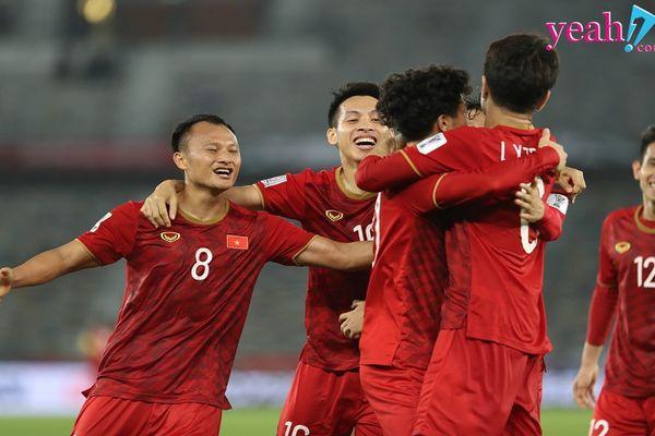 Cổ động viên Việt lại phải thức đêm cổ vũ cho Triều Tiên để đội nhà được vào vòng 1/8 ASIAN Cup 2019