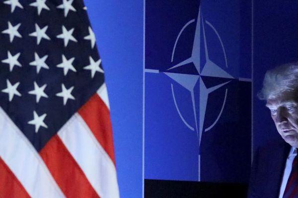 Ông Trump muốn Mỹ rời NATO: 'Quà' cho Nga hay sự thật là 'quà' cho Đức?