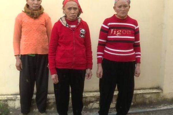 Thiếu tiền sắm Tết, 3 bà lão mang ma túy xuống chợ phiên bán