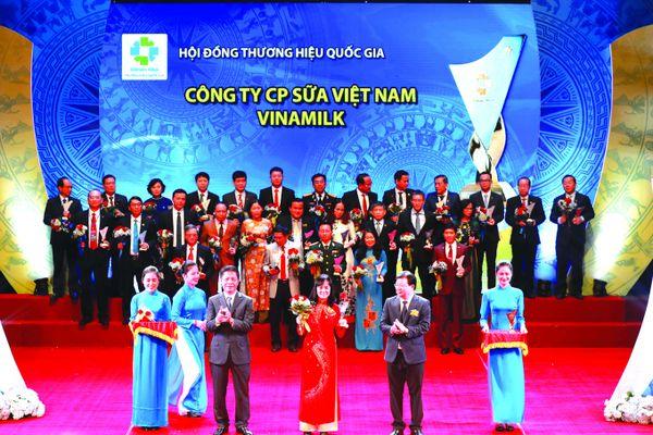 Vinamilk xứng danh đạt Thương hiệu Quốc gia 5 năm liên tiếp
