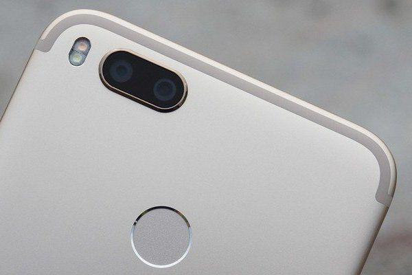 Những mẫu điện thoại độc hại nhất trên thế giới người dùng nên tránh xa