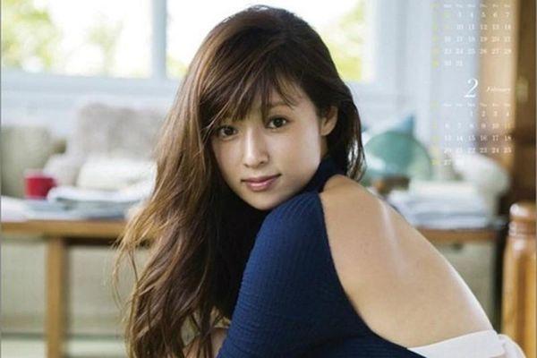 Học cách giữ dáng trẻ đẹp của 'mỹ nhân được khao khát nhất Nhật Bản'