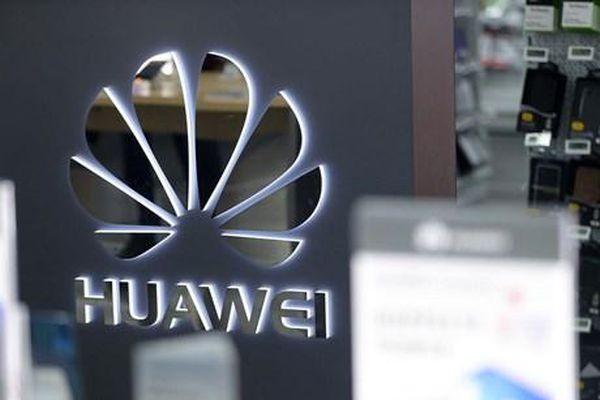 Giữa bao vây cấm vận, lãnh đạo Huawei gửi thư ngỏ đến báo chí Mỹ