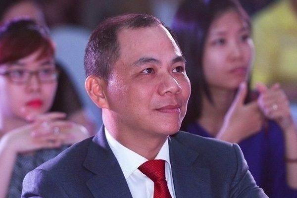 Tỷ phú Phạm Nhật Vượng bất ngờ thôi chức Chủ tịch Vinhomes