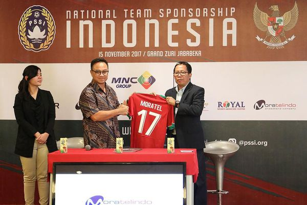Indonesia rúng động vì chủ tịch Liên đoàn bóng đá bị bắt