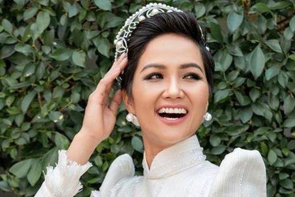 'Đại gia' đứng đằng sau tài trợ tiền ăn học tại Sài Gòn cho Hoa hậu H'Hen Niê là ai?