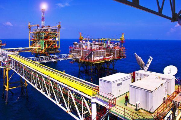Đầu tư ra nước ngoài 13 dự án, PVN chỉ thu được tiền từ 2 dự án