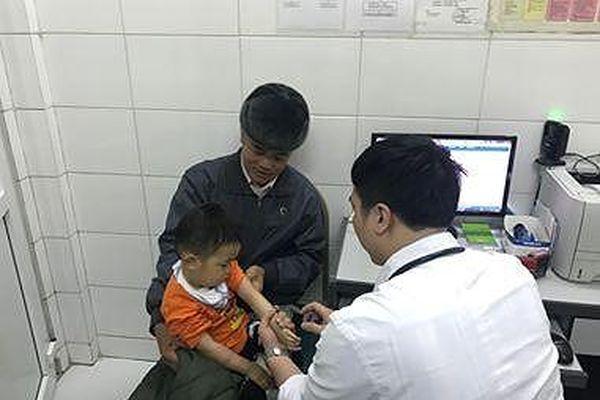 Vụ trẻ Bắc Ninh đi khám vì nghi ăn 'thịt bẩn, gà thối': 62 cháu nhiễm sán