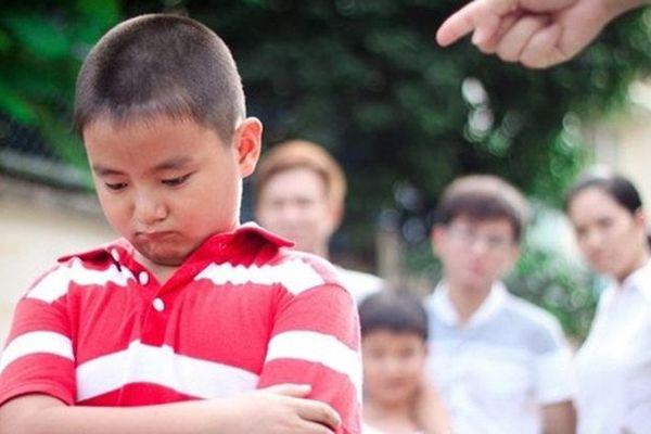 5 điều 90% cha mẹ Việt thường làm, tưởng tốt cho con hóa ra lại đang giết chết tương lai trẻ