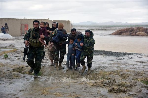 Lũ quét và bão tuyết nghiêm trọng tại Afghanistan