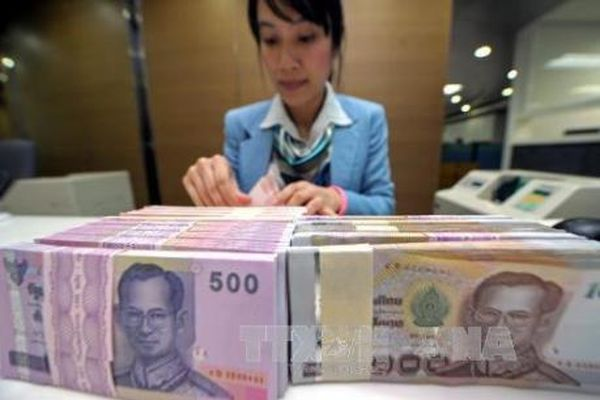Đồng baht tăng giá
