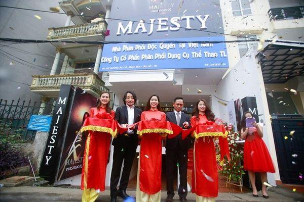 Thương hiệu gậy Golf hạng sang Majesty có mặt tại thị trường Việt Nam