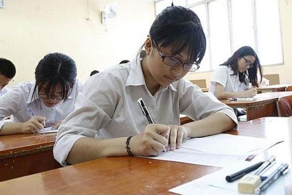 Các thầy cô giáo nhận định về đề thi Toán và KHTN kỳ khảo sát lớp 12 tại Hà Nội