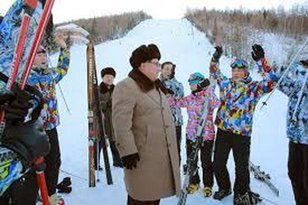 Bên trong khu trượt tuyết 'sang chảnh' được quân đội Triều Tiên xây dựng 'thần tốc'