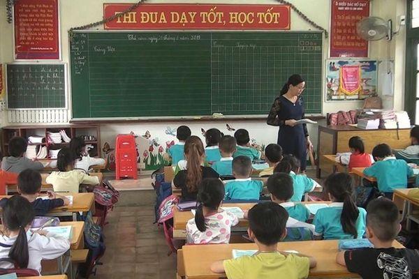 Hết sợ cúm mùa, học sinh Thái Bình trở lại lớp học