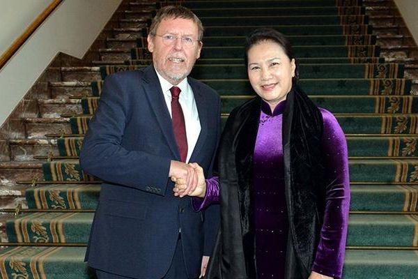 Chủ tịch QH Nguyễn Thị Kim Ngân kết thúc tốt đẹp chuyến thăm chính thức Cộng hòa Pháp
