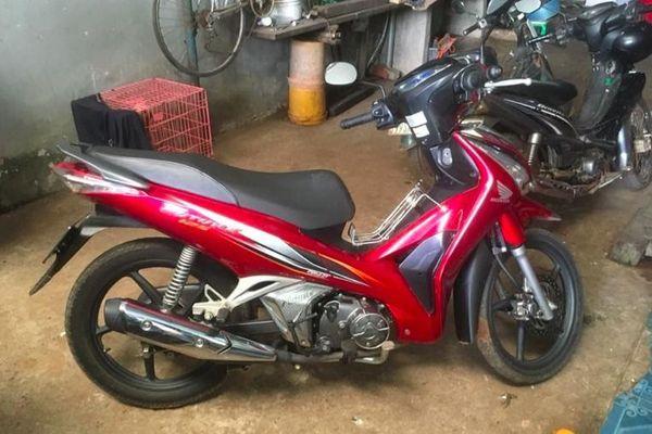 Công an truy đuổi gần 60 km, bắt tên trộm xe máy ở Bình Phước