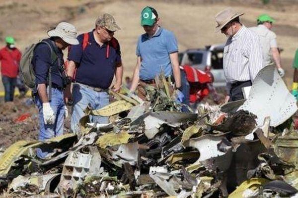 Tai nạn Boeing 737: Máy bay nhiều lần mất kiếm soát trước khi rơi