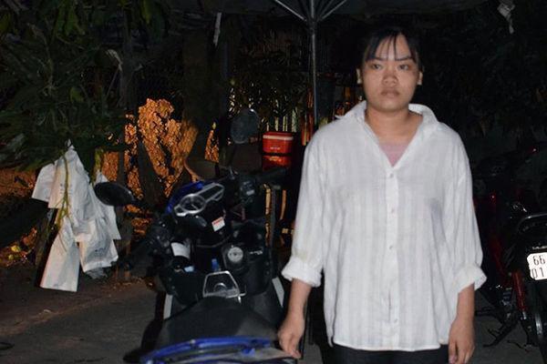 Thiếu nữ 18 tuổi dùng bình hơi cay xịt và đâm chồng 'hờ' tử vong