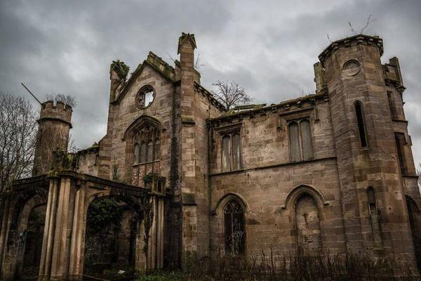 5 biệt thự bỏ hoang từng có giá cả triệu USD