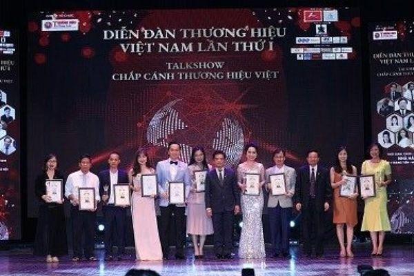 TNS Holdings lọt Top 10 thương hiệu uy tín