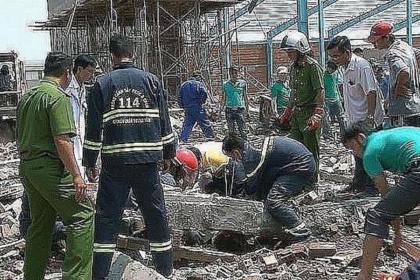 Vụ sập tường ở Vĩnh Long: Nạn nhân thứ 7 tử vong